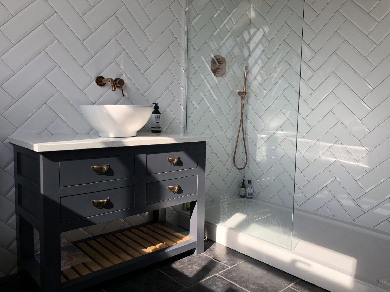 Large shower tray