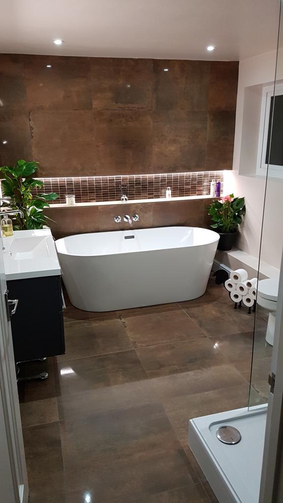 Copper bathroom complete