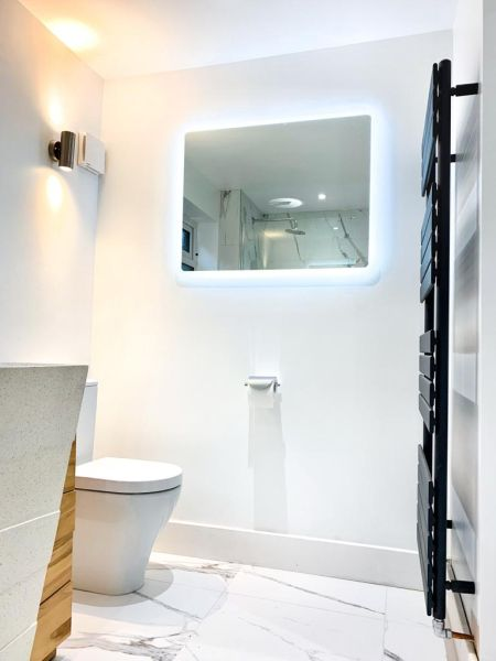 Carrerra Bathroom Complete 3